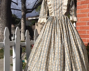 colonial dress DAR women dress revolutionary war dress made to measurements choice of print and color size 14-plus size