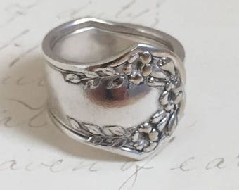 Jewelry, Ring ~TRUMPET VINE~  1912