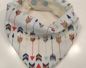 Slouchy style baby bandana bib