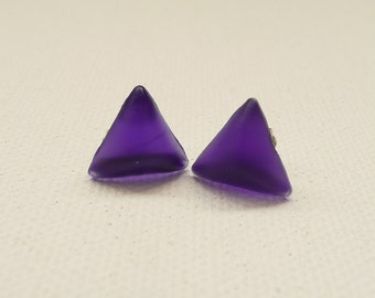 ns-CLEARANCE - Small 3D Triangle Stud Earrings