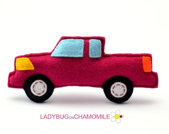 Felt PICKUP TRUCK, stuffed felt Country truck car magnet or ornament, Pickup toy, Technics, Vehicles, Nursery decor,Pickup  magnet,kids toy