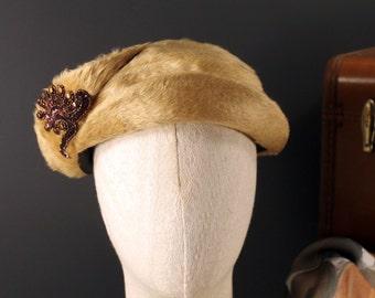 Vintage Ken Blair Original Melusine Tan Felt Fur Ladies Hat With Beaded Accents