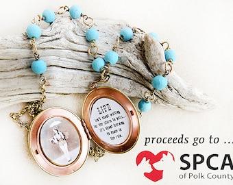 Lange Medaillon Halskette, Türkis, Haustier Rettung, Wire-Wrap, Messing, lange Kette, blau, Handarbeit, Geschenk für Pet, Geschenk für Frau, Geschenk für sie, Mutter