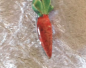 "Small brooch ceramic raku ""carrot"""