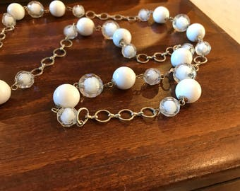 Vintage White and Clear Lucite Mid Century Necklace