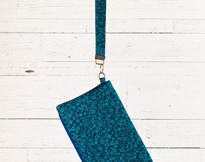 Fold-over Clutch with detachable wristle/key fob