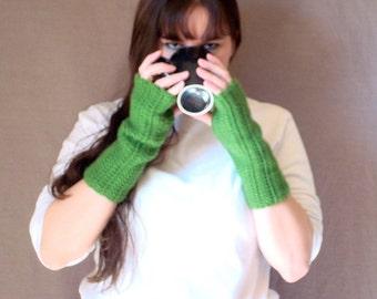 Kelly Green Fingerless Gloves for Women or Men - Crochet, Green Arm Warmers, Wrist Warmers, Fingerless Mittens - Crochet MADE TO ORDER