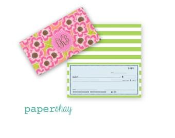 Checkbook Cover, Monogrammed Checkbook Cover, Personalized Checkbook Cover, Custom Checkbook Cover, Vinyl Checkbook Cover, Flowers