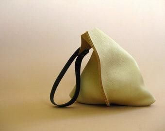 13in Wedge - Cream white bull hide leather