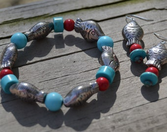 FISH Turquoise Magnesite Red Beaded Stretch Beach Bracelet Matching Fish Earrings