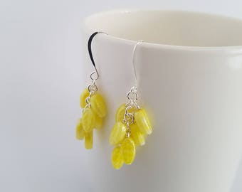 Vintage yellow glass beads, wire wrapped, silver plated earrings.