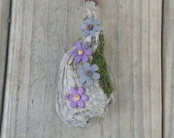 Driftwood moss necklace/driftwood jewelry/ moss driftwood flower necklace/purple flower driftwood necklace