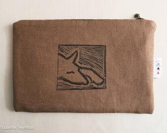 Linen zipper pouch, linen cosmetic bag, block printed zipper bag, linen pouch, linen project bag, padded Kindle sleeve, Kindle cover