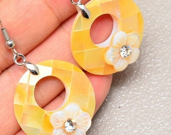 26mm  Sunny Yellow/ Mother of Pearl Shell Earrings with Rhinestone Flowers / 18k White Gold Earrings