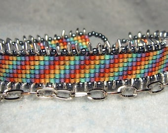 Polychromatic - adjustable double-wrap beadwoven and chain bracelet