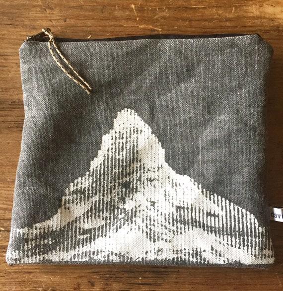 Matterhorn pouch