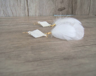 Weaving and white feather earrings and gold boho chic