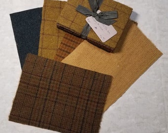 Harvest Moon Wool Bundle - Great for wool applique and rug hooking projects! 5 Coordinating pieces.