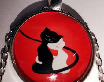 Cat lovers necklace glass cabochon and chain