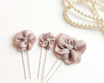 Dusty pink wedding hair pins, bridal hair flowers, pink floral hair accessories for brides, bridesmaids, or flower girls, set of 3 hairpins