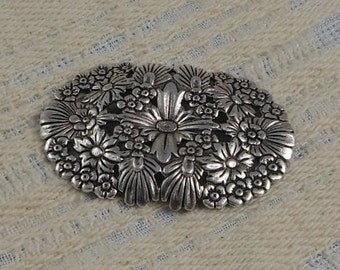 LuxeOrnaments Antique Sterling Silver Plated Brass Baroque Filigree Floral Focal (Qty 1) G-8266-2-S