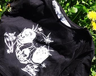 Black Skull Crop Top