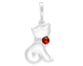 Baltic amber cat pendant on silver 925/1000