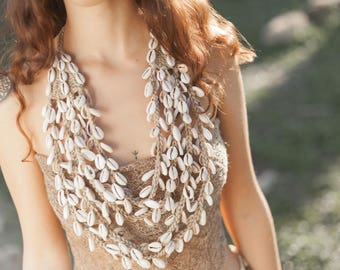 Papua Tribal Woven Shells Necklace .Natural jewelry . Handmade jewelry . Tribal Necklace. Tribal jewelry . Ethnic necklace.