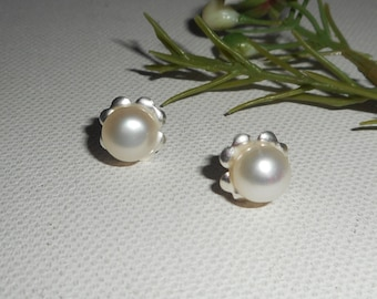 Silver 925 with white freshwater pearl earrings