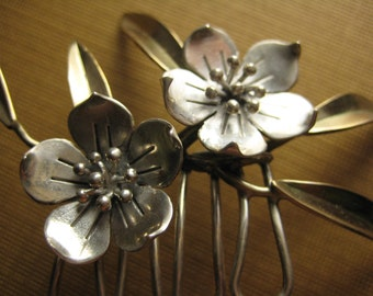 Sweet Blossom and leaves Hair Comb