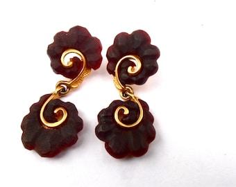 Vintage Dark Brown Purple Dangling Earrings Nautilus Fancy Gold Tone Swirl Art Deco Acrylic metal Lucite Artsy Post Studs Curlicue Ornate
