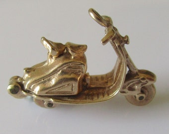 9ct Gold Scooter and Engine Charm Opens and Moves