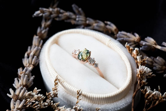 Green sapphire cluster engagement ring, oval green sapphire cluster ring, alternative engagement ring, alexandrite oval ring, gold oval ring