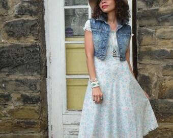 RARE Vintage 1940s cotton floral day dress