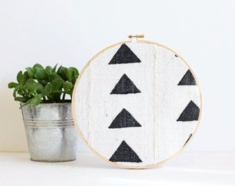 Mud Cloth, Cork Board, Memo Board, Embroidery Hoop,  Authentic Mud Cloth, With Tacks, Organize, Wall Decor, Home Office, African Mudcloth,