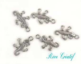 Pendants salamander, Gecko charms, length 25.5 mm wide 15.5 mm thickness 2.5 mm, hole 2 mm, silver, 10 pieces