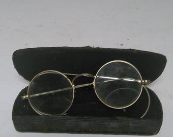 Vintage eyeglasses and case