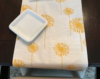 Yellow Table Runner | Spring Table Runner | Spring Table Decor | Spring Table Decorations | Spring Decor | Spring Centerpiece