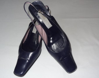 Vintage shoes,Leather shoes,Thin leather shoes,Navy color shoes,Womans shoes,Pumps,Size 40/25,5/8,5 Heel 7,5 cm