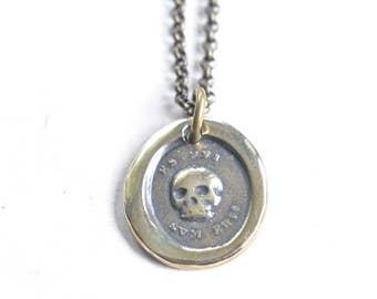 skull necklace - bronze skull wax seal necklace - es fui sum eris - Latin motto - memento mori - antique wax seal jewelry