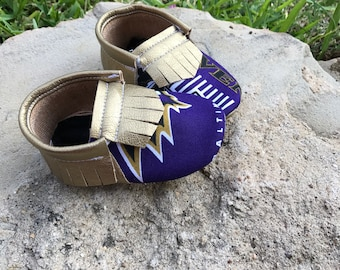 Baltimore Ravens Baby Shoes Moccasins - Handmade Moccs // Baby Moccs // Football Moccasins // TEXAS MOCCS // Baby Moccasins // Crib Shoes