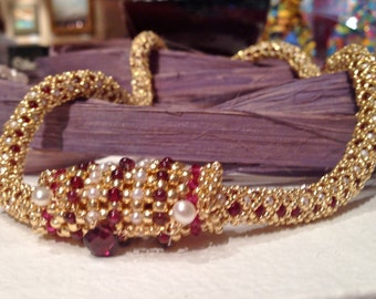 22 Inch Red Rhodolite Garnet and Fresh Water Pearl Gold Bead Netted Stitch Necklace with Right Angle Weave Beaded Bead