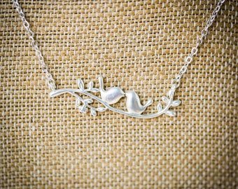 Kissy Birds Necklace