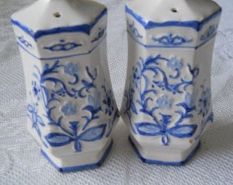 Blue and White Floral Salt and Pepper Shakers - Vintage, Collectible