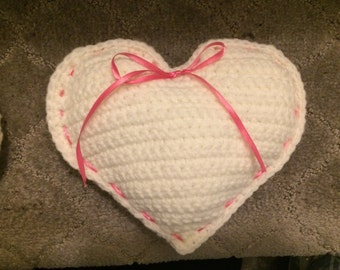 Crocheted Heart Satchet with Tuscan Grape fragrance