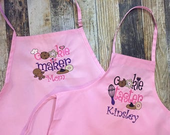 Cookie Maker and Cookie Taster Aprons - Personalized Baking Aprons - Mommy and Me Apron Set - Choose your Apron Colors - Grandma and Me