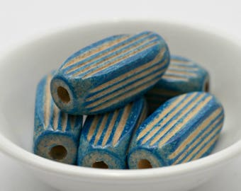 Vintage Blue Carved Ribbed Fluted Oval Wood Beads Wooden 30mm (8)