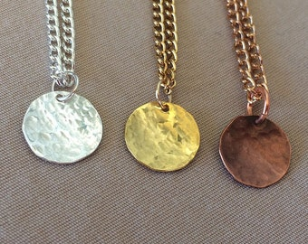 Hammered Disk Necklace - Hammered Necklace - Layer Necklace - Dainty Necklace - Circle Necklace - Minimalist Necklace - Delicate Necklace