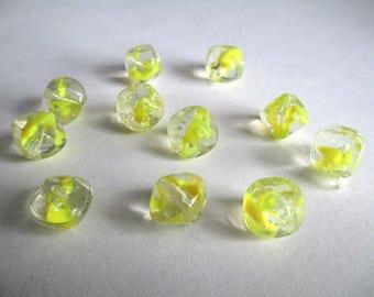 9 yellow shape drawbench glass bicone 10mm beads