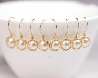 Set of 4-10 Gold Bridal Pearl Earrings Bridesmaids Gifts Bridesmaids Earrings Pearl Drop Earrings Gold Pearl Earrings Bridal Jewelry Bridal